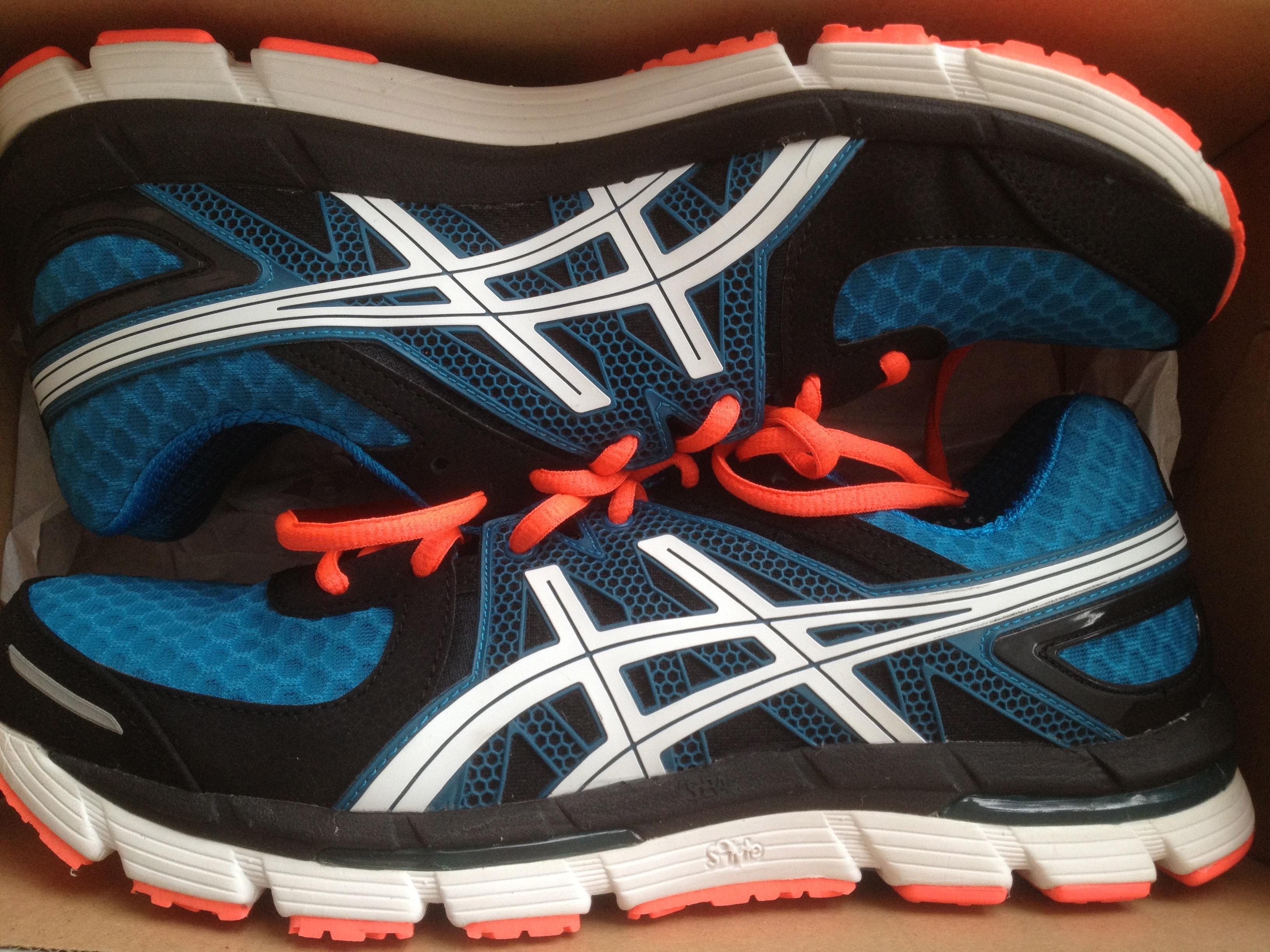 asics excell 33